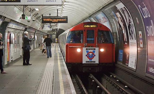 İngiltere'de bir metro istasyonu tahliye edildi