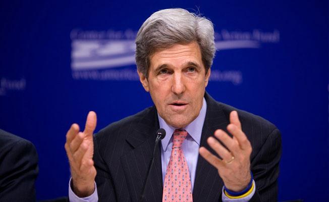 John Kerry: ABD'yi İran'ı bombalamaya zorladılar