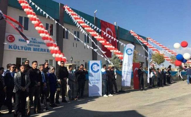 Kayyım, el konulan Van TV binasını kültür merkezi yaptı