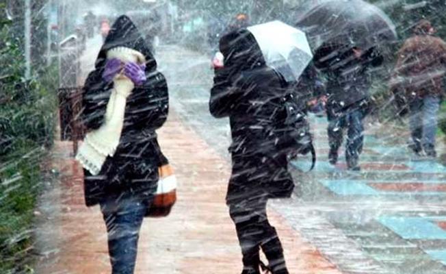 Meteoroloji'den uyarı: Balkanlar'dan gelen soğuk ve yağışlı havanın etkisine giriyoruz