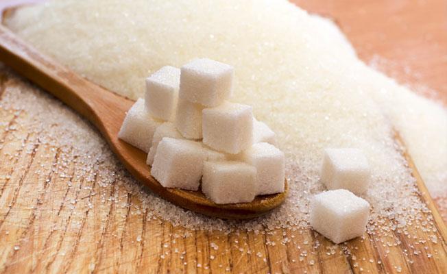 Şekerin zararları 'şeker lobisi' tarafından gizlenmiş