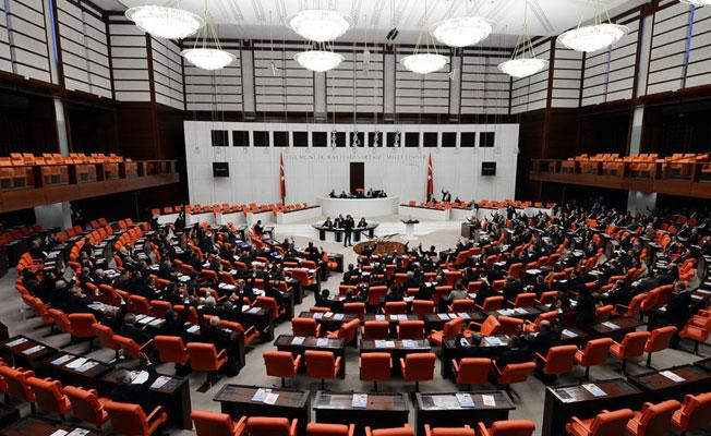 Torba yasa Meclis'te kabul edildi: Vergiler artıyor