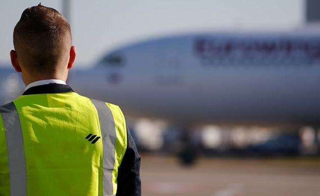 Almanya'da pilotlar mültecilerin sınır dışı edilmemesi için uçuşları durdurdu