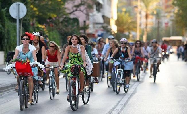 Bisiklete binen kadına saldırı: Evli kadınsın utanmıyor musun, herkesi tahrik ediyorsun