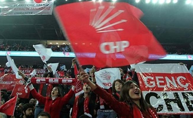 CHP'de İstanbul kongre süreci sahte delege yazımı nedeniyle durdurulmuş