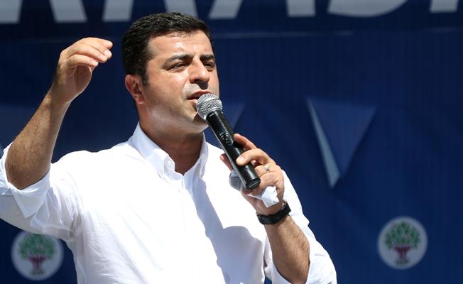 AKP'li vekilin Demirtaş'a 'vatan haini' demesi 'eleştiri' olarak kabul edildi