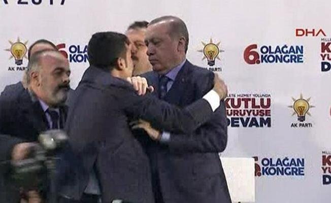 Erdoğan'a sarılmak istediği için gözaltına alınan kişinin kim olduğu belli oldu