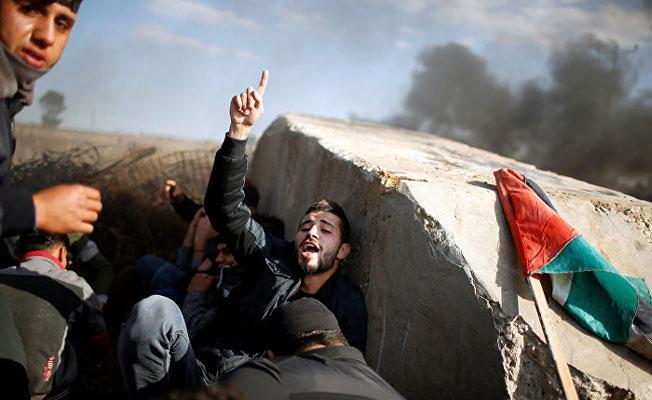 'Filistin meselesinde siyasiler tiyatro oynuyor'