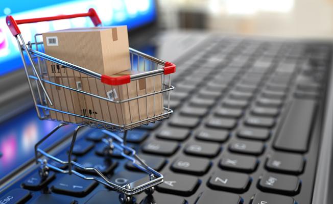 Güvenli online yılbaşı alışverişi için 10 ipucu