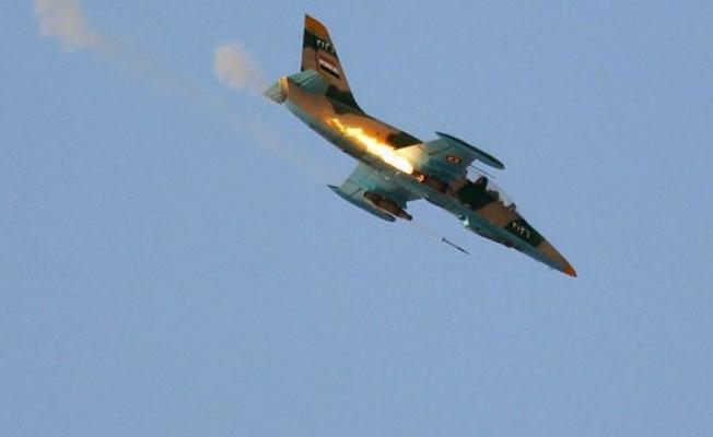 Hama'da Suriye ordusuna ait jet düşürüldü