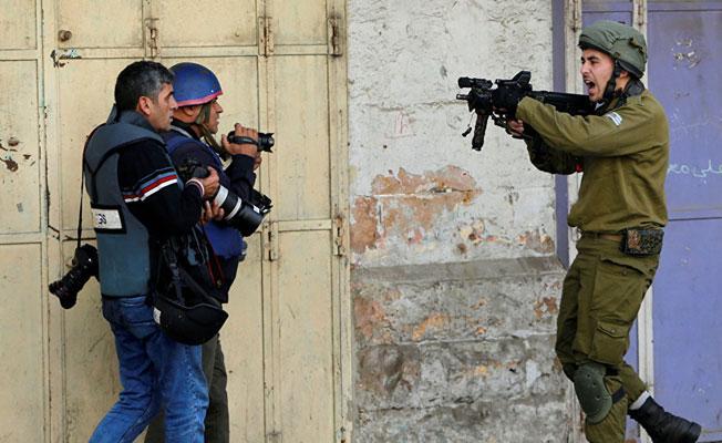 İsrail askerlerinden Batı Şeria ve Gazze'deki gösterilere müdahale: Çok sayıda yaralı var