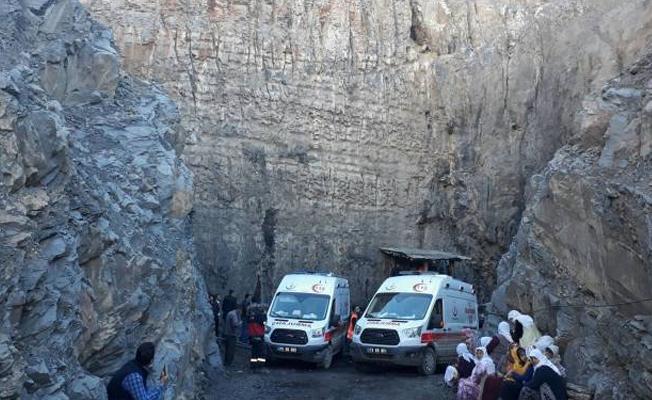 Şırnak'ta grizu patlaması: 3 işçi mahsur