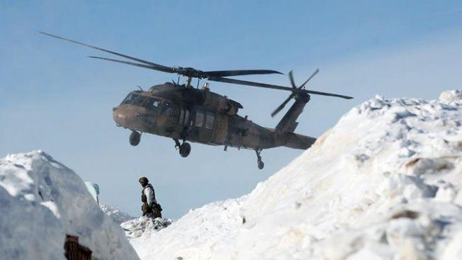 Bitlis'te çığ düştü: 2 asker hayatını kaybetti, 3 asker kayıp