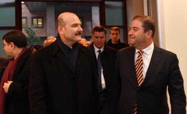 CHP'li belediye başkanının, Bakan Soylu ile çektiği fotoğraf tepki çekti