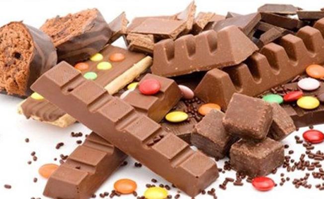 Çocukların abur-cubur alışkanlıkları obeziteye yol açabilir