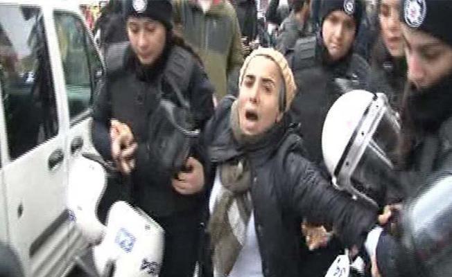 İstanbul'da Afrin protestosuna müdahale: En az 17 gözaltı