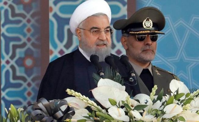 Ruhani: Sokağa çıkanlar özgürlük istiyor, protestolar tehdit değil fırsat