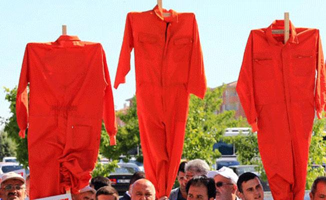 Tek tip kıyafetler Diyarbakır Cezaevi'ne gönderildi