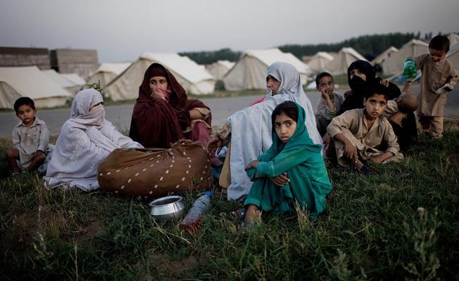 """""""Türkiye'de 4.3 milyon göçmen var, sadece 3 kişi mülteci statüsünde"""""""