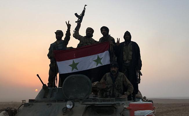 Afrin'e giren Suriye güçlerine ateş açıldı