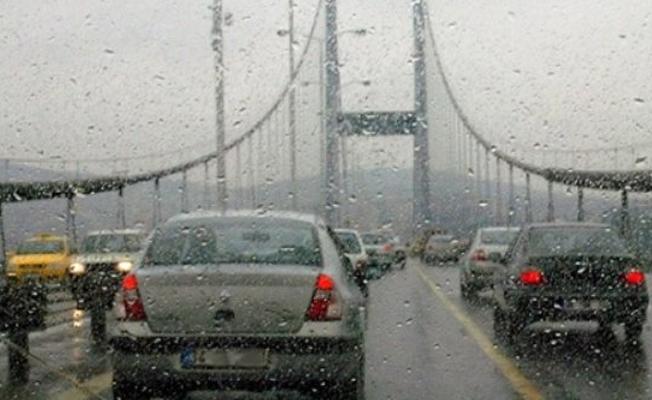 İstanbul'a şiddetli sağanak uyarısı