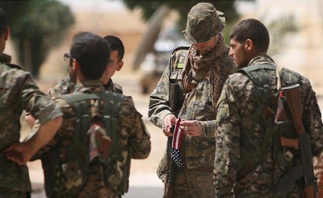 """""""Suriye güçlerinin Afrin'e giriş nedeni ABD'yi, Kürt müttefiklerini terk etmeye zorlamak"""""""