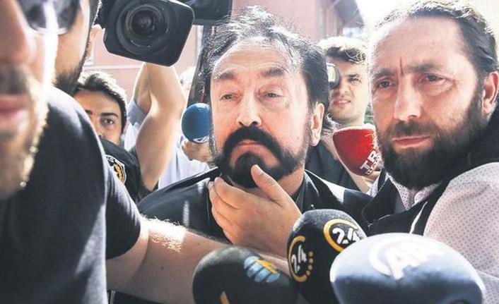 Adnan Oktar soruşturmasında gözaltına alınan 3 kişi serbest bırakıldı