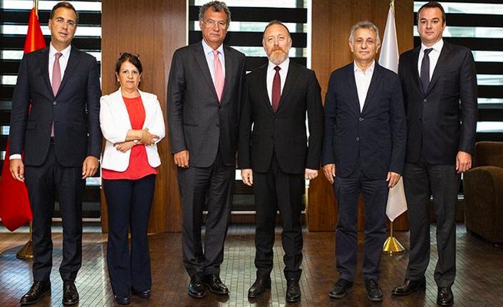 HDP'den TÜSİAD'a ziyaret