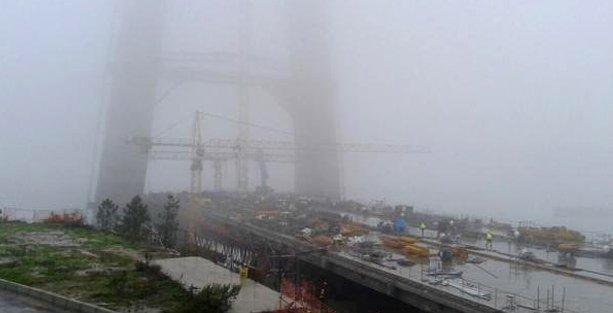 3. Köprü işçileri eylemde: Ücretleri ödenmeyen işçiler inşaatı sökmeye başladı