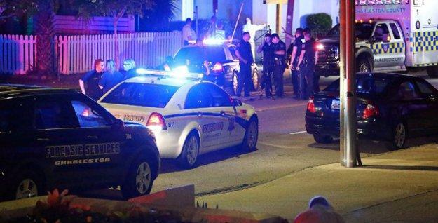 ABD'de siyahların tarihi kilisesine saldırı: 9 ölü