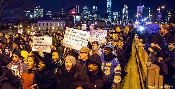 ABD'de polis şiddeti ve ırkçılığı protesto gösterileri sürüyor