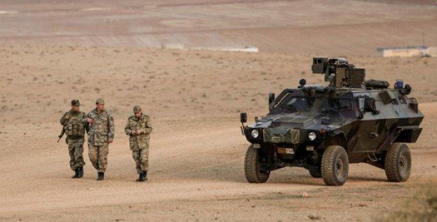 Abdullah Gül'ün eski danışmanı yazdı: AKP ve Erdoğan askere 'Suriye'ye girin' emri verdi