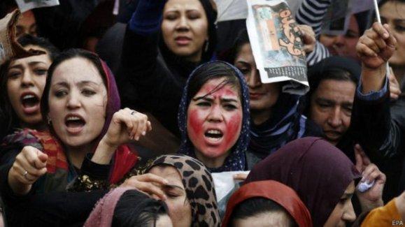 Afganistan'da 2 bin kişi linç edilen Ferhunde için yürüdü