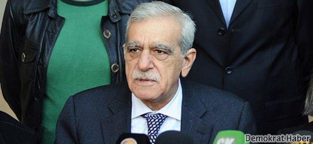 Ahmet Türk: Paket kabak gibi