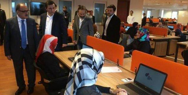 'Ak Troll'lerin ofisinin resmi açılışı yapıldı