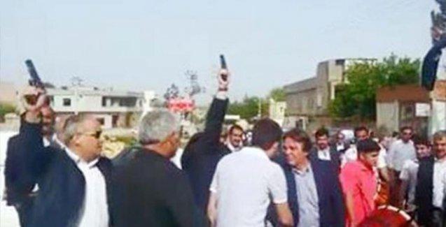 AKP'li adayları silah atarak karşıladılar