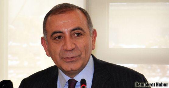 'AKP, tehditle çadır kurduruyor'