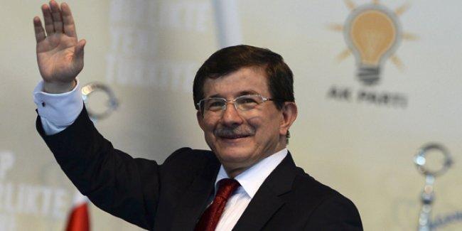 Davutoğlu: CHP ve HDP ikiz kardeş oldu