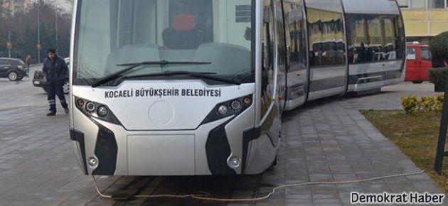 AKP'den uzatma kablolu tramvay!
