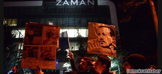AKP'lilerden Zaman Gazetesi'nin önünde sevinç gösterisi
