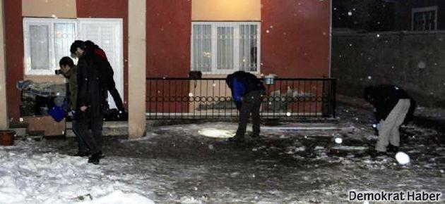 AKP'nin Van adayının evine ses bombası