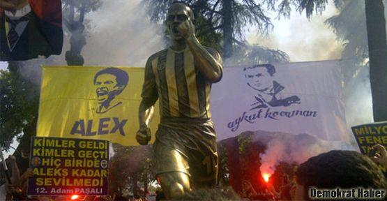 Alex heykeli açıldı