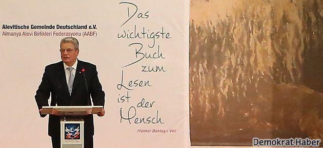Almanya Cumhurbaşkanı Cemevi'nde Newroz kutladı