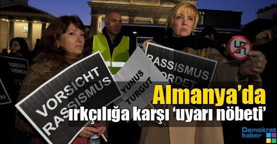 Almanya'da ırkçılığa karşı 'uyarı nöbeti'