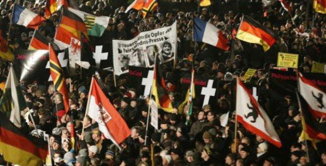 Almanya'da İslam karşıtı gösteri iptal edildi