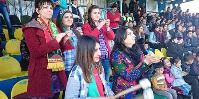 Amedspor, 4-0'lık galibiyeti kadınlara adadı
