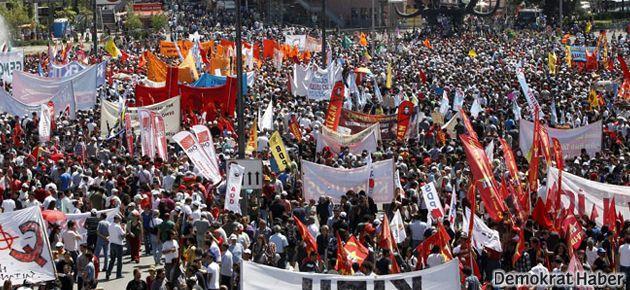 Ankara'da 1 Mayıs için binler buluştu