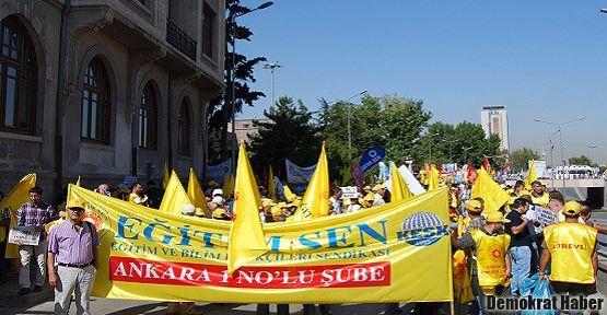 Ankara'da 4+4+4'e karşı miting
