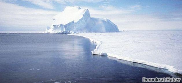 Antarktika'dan dev bir kütle daha koptu