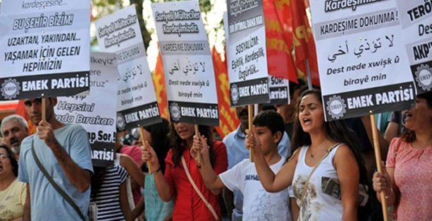 Antep'te 'Suriyeli Kardeşime Dokunma' yürüyüşü